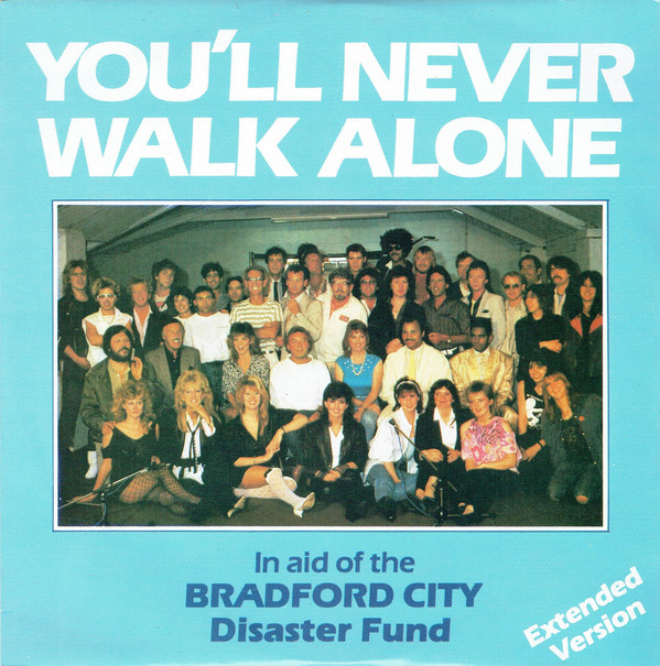 Crowd (The) You'll Never Walk Alone