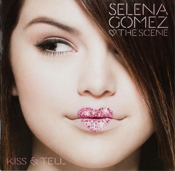 Gomez, Selena & The Scene Kiss & Tell